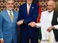 John_Kerry_shakes_hands_with_Afghan_presidential_candidates_Abdullah_Abdullah_and_Ashraf_Ghani_August_2014
